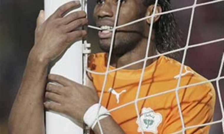رسمياً: اعتزال ديديه دروجبا كرة القدم - تفاصيل وصور للفيل الإيفواري