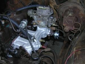 258 IntakeExhaust Manifolds  International Full