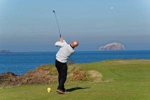 golf-swing-970904_640