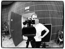 Kamerafrau Cora Kirsch