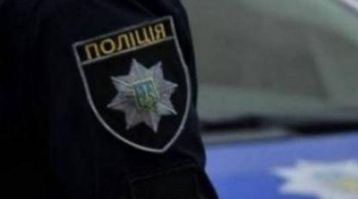 У Києві обстріляли дорожників, які виконували ремонт, є поранений: Поліція оголосила план-перехоплення