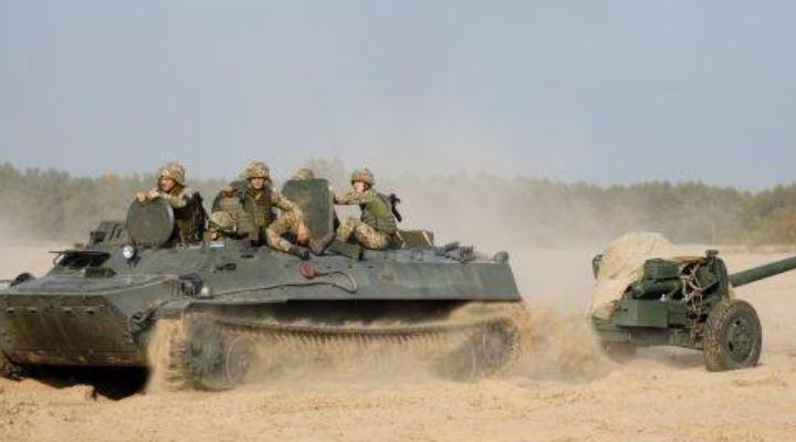 Україна проводить масштабні військові навчання біля адмінкордону Криму