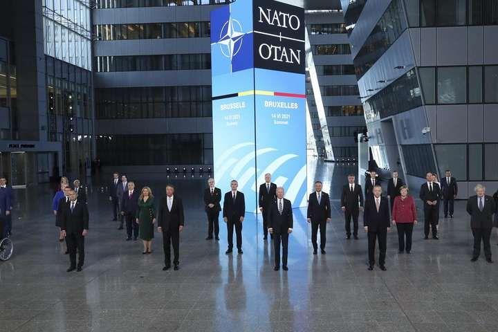Саміт НАТО став перемогою Києва: Україну прирівняли до Грузії