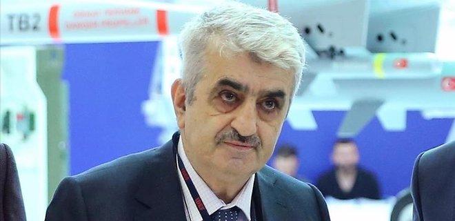 У Туреччині з життя пішов засновник програми дрона Bayraktar і сват турецького президента