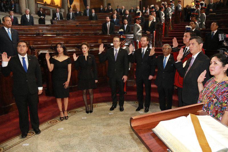 Candidatas, el techo del Congreso es de Cristal