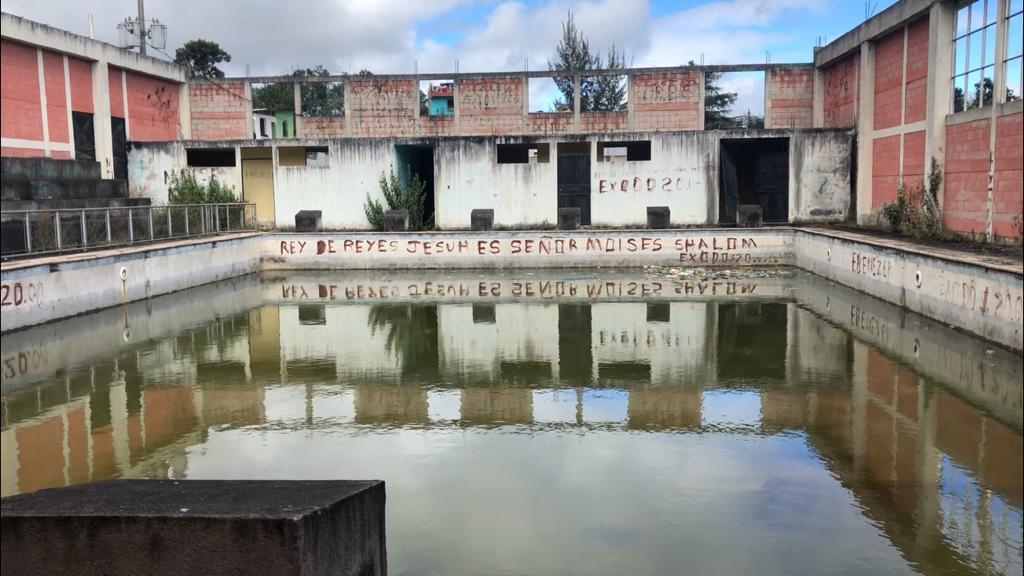 Un conflicto político, una obra millonaria abandonada y un municipio pobre