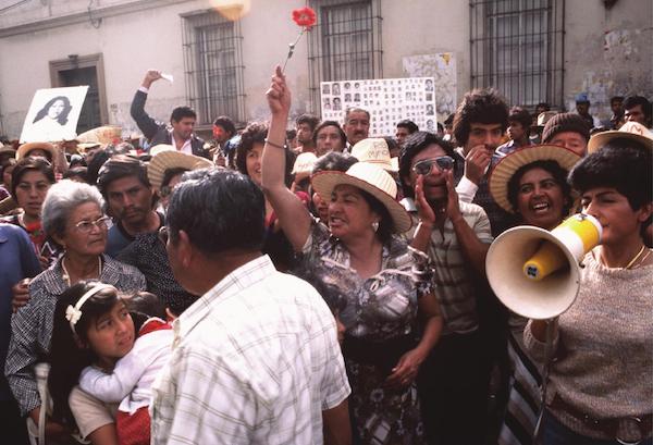 1985_protesta_de_GAM_zona-1_Ciudad_de_Guatemala_JMS-1