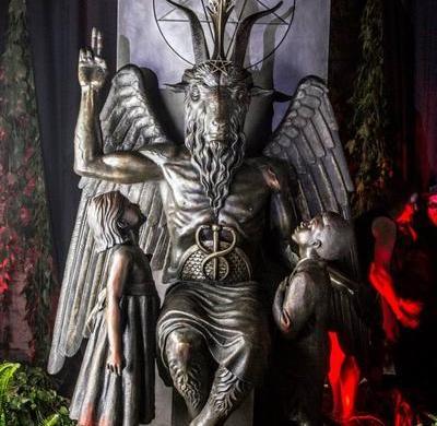 Baphomet-statue-detroit-satanic-temple
