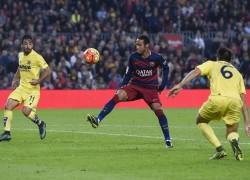 neymar-se-prepara-para-aplicar-chapeu-em-jaume-costa-brasileiro-fez-gol-antologico-1447006350820_1024x682