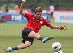 Adryan-Flamengo-Foto-Cleber-Mendes_LANIMA20121121_0044_26