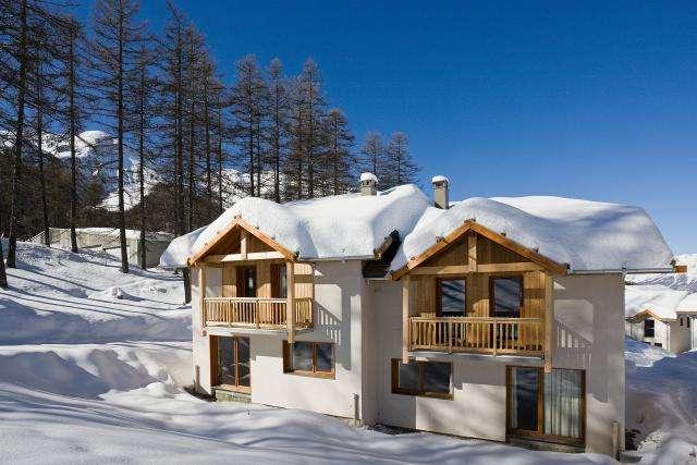 Skijanje Les Orres u Francuskoj 2.1-9.1.2016.g. smještaj u šesterokrevetnim apartmanu**** i ski pass