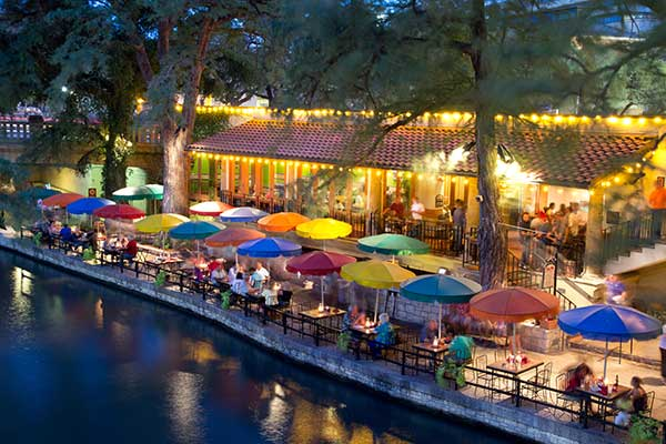 San Antonio Activities Riverwalk Zoo Tours Restaurants