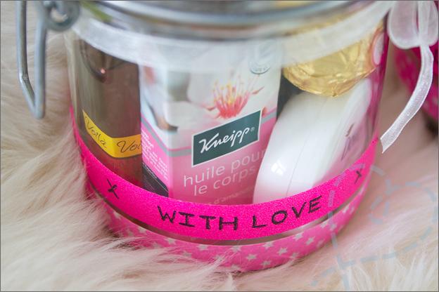 close up cadeau moeder