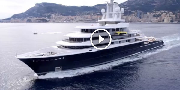 Presenting The 115 METERS LONG Mega Yacht LUNA At The