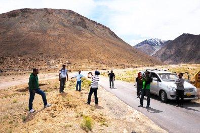 06/08/15 - Ladakh - Pangong Lake Road - 4148.60mt - LEICA Q (Typ 116) - 28mm - 100ISO - 1/640 - f/8 - © Simone Bassani