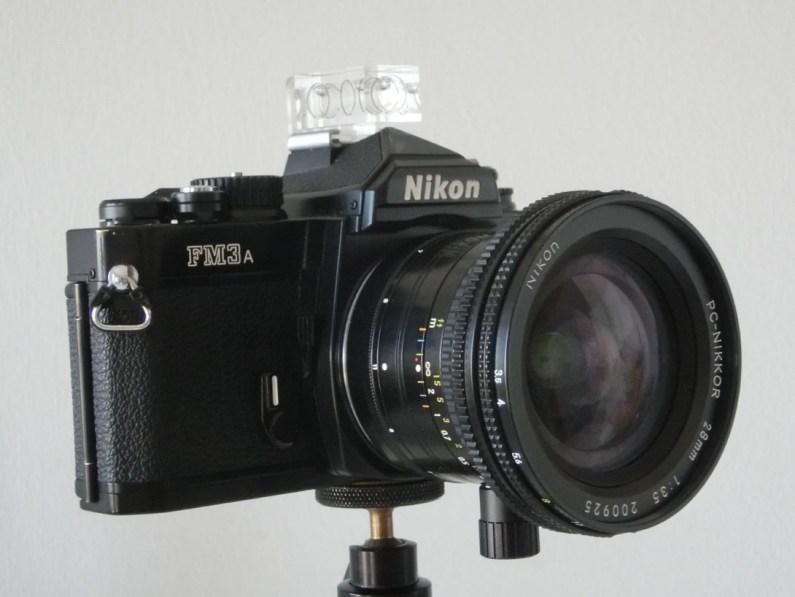 04-pc-nikkor-28mm-in-posizione-di-riposo-low-1
