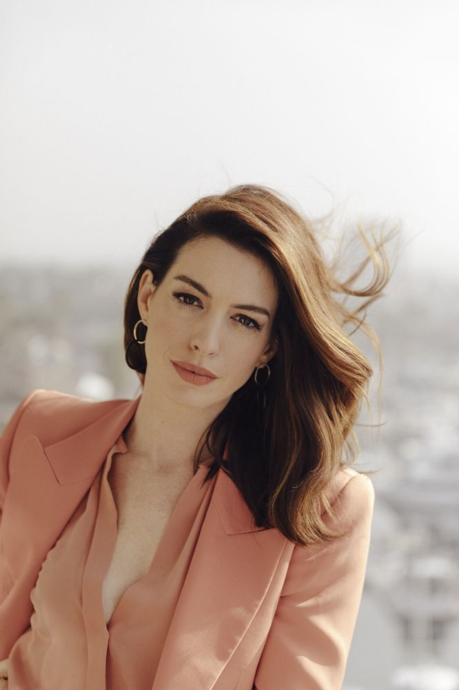 Anne-Hathaway-The-New-York-Times-14