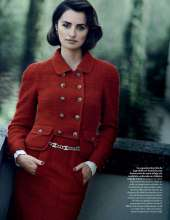 Penelope-Cruz-in-Vogue-Magazine-21