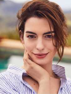 Anne-Hathaway-Shape-Magazine-June-2019-03
