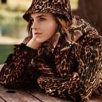 Emma-Watson-in-Vogue-UK-Magazine-December-02