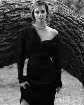 Emma-Watson-in-Vogue-UK-Magazine-December-04