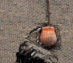 Boule_demolition.jpg
