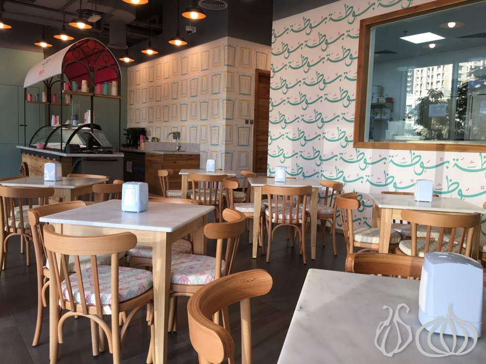 Wooden Restaurant Tables And Chairs