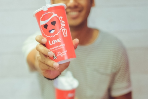 Emoticups by Coca Cola and KFC + Parisian Style OOTD