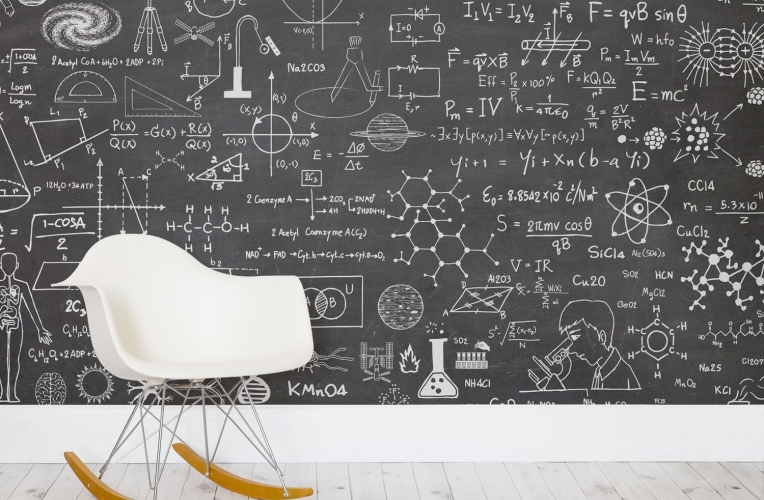 science-chalkboard-room_mural-wallpaper