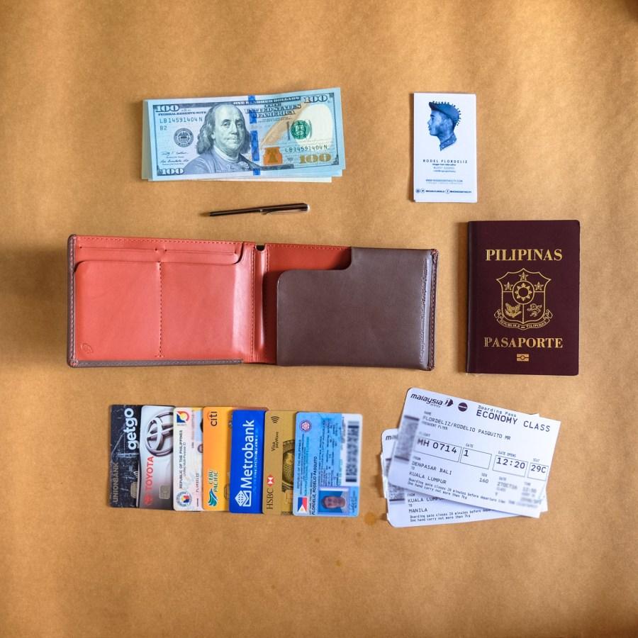 bellroy-travel-wallet
