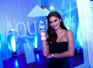 The water that Miss Universe Pia Wurtzbach drink (and I drink . . .)