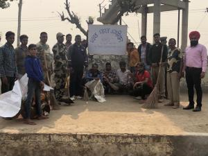 BSF 136 BH launches cleanup campaign in school lottery under the Swachh Bharat Abhiyan