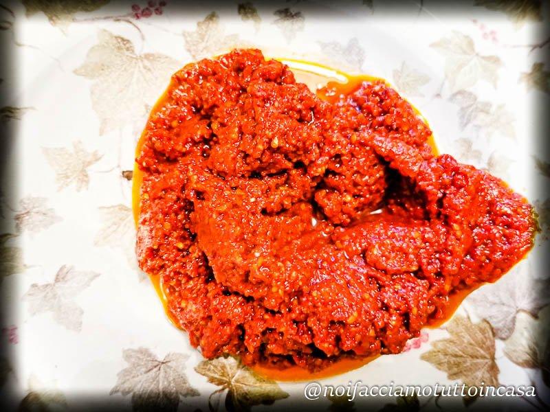 Pesto di pomodori confit