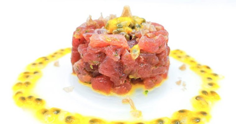 Tartare di Tonno con Lime e Passion Fruit
