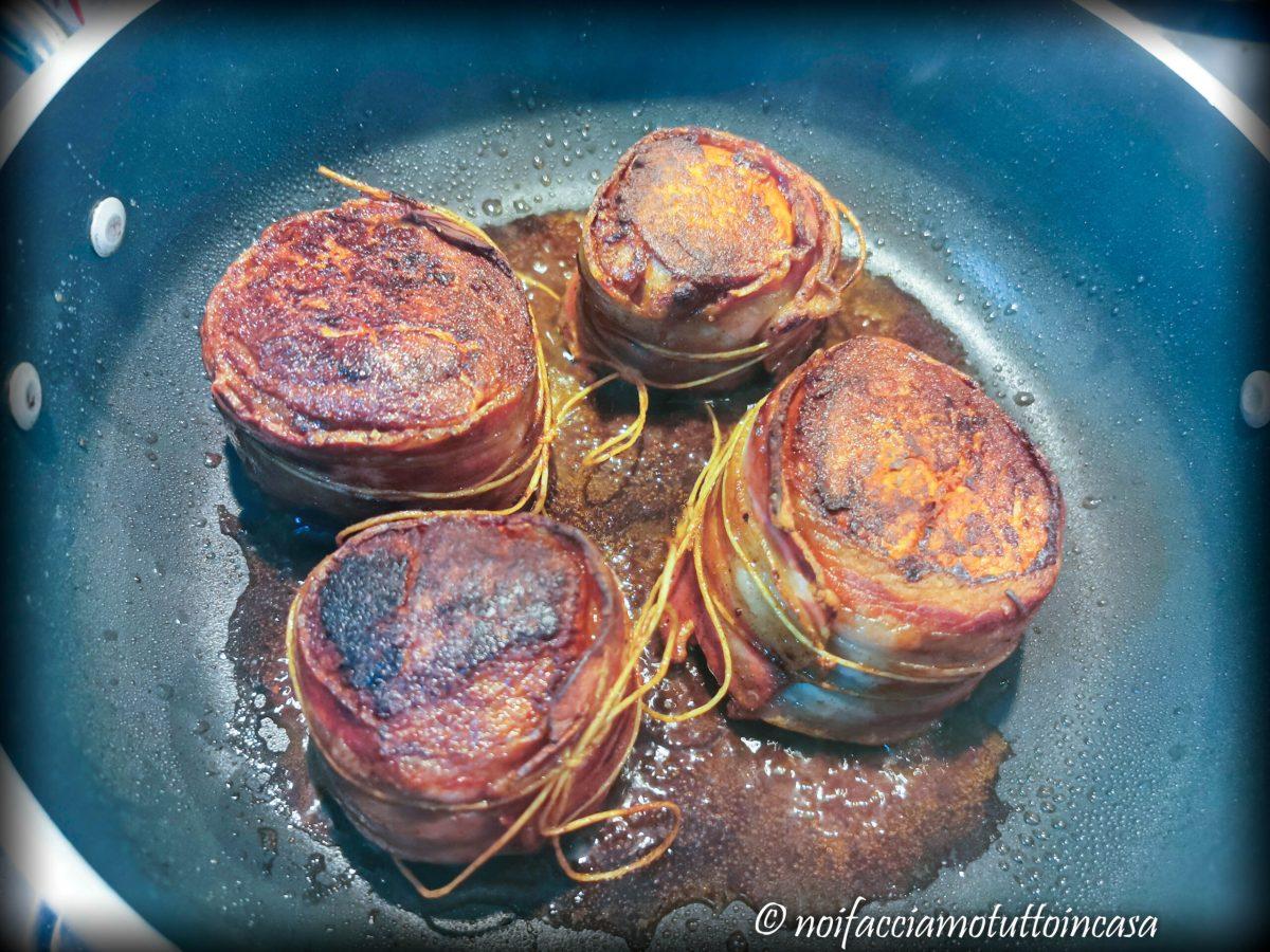 Filetto di Maiale Speziato con Mele e Gorgonzola
