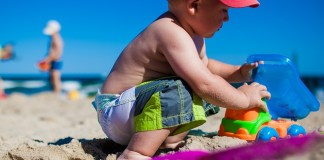 difendere i bambini dal sole