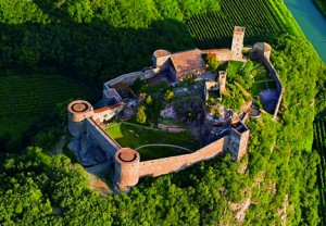 Il castello di Firmian, a Brunico - Foto Tappeiner
