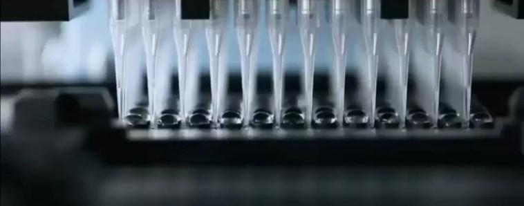 AstraZeneca agli ultrasessantenni, Pfizer/Moderna per le seconde dosi Cts, vaccini. Regione Puglia: pronti ad attuare immediatamente