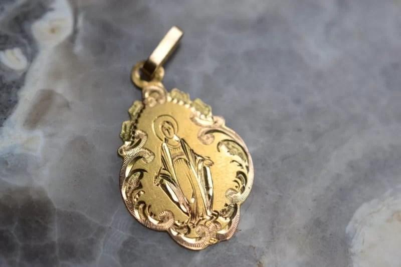 Médaille De La Vierge