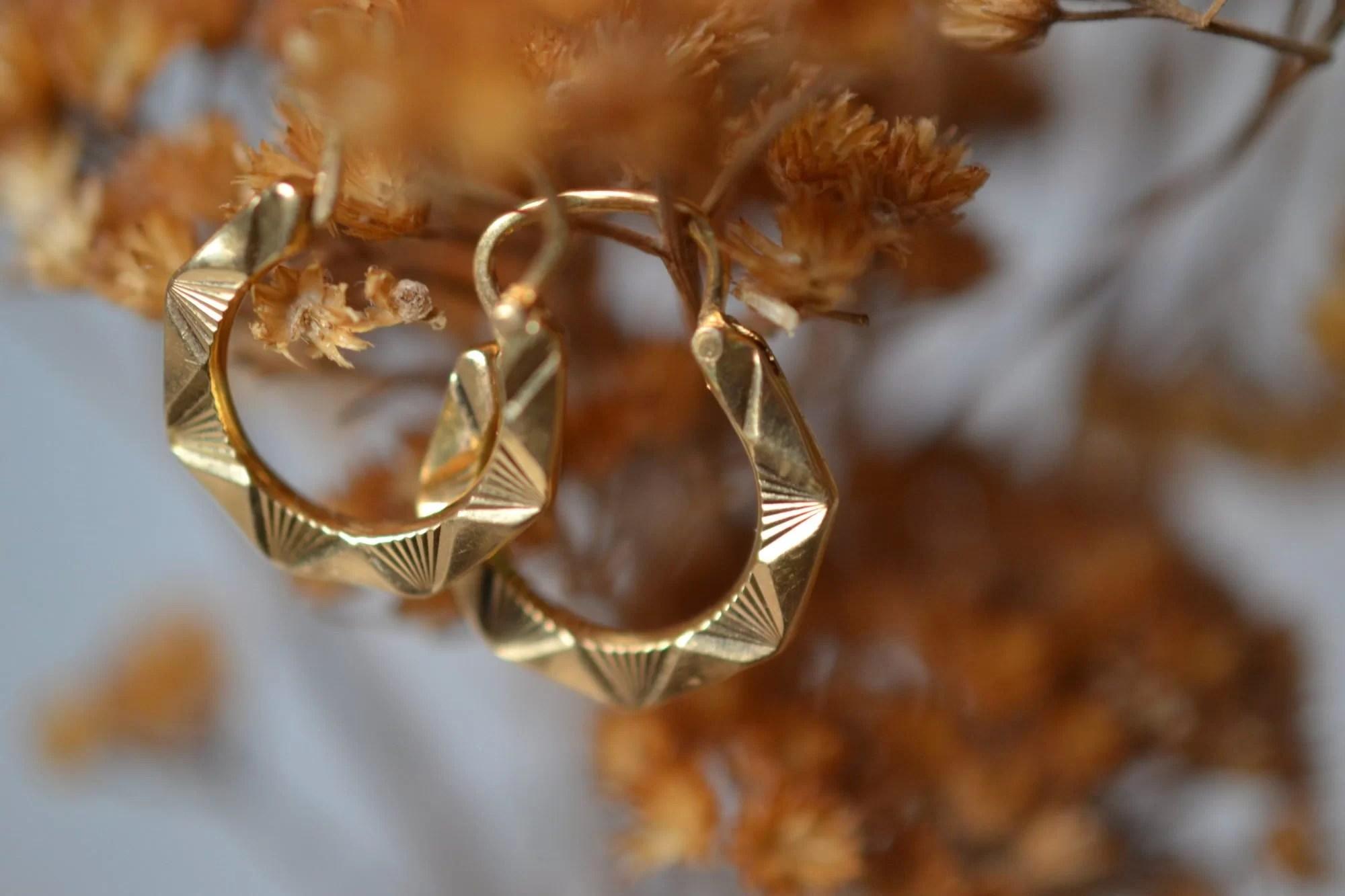 petites créoles style vintage en or