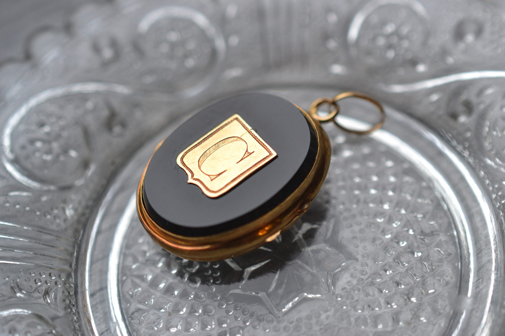 Pendentif Porte Photo - En Onyx Et Or Jaune 18 Carats - Bijoux Vintage De Seconde Main