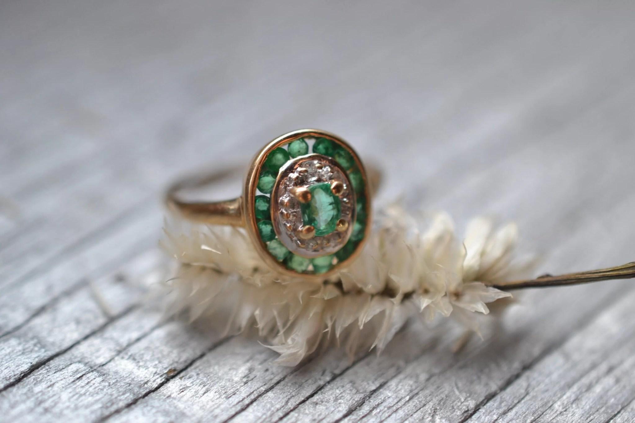 bague ancienne vintage émeraude - Or 18 carats - bijou durable occasion responsable fiançailles mariage
