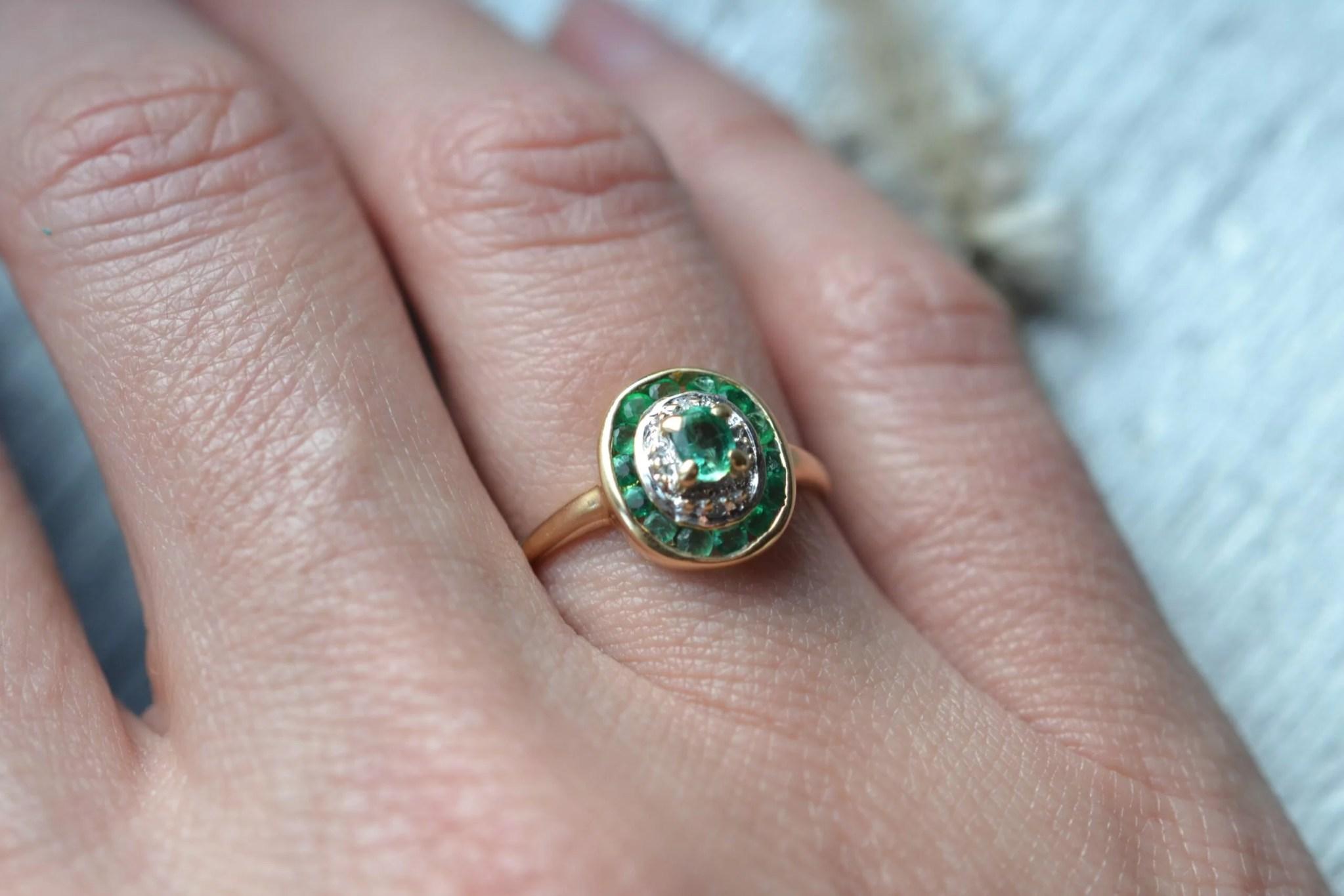 bague ancienne vintage émeraude - Or 18 carats - bijou ecoresponsable fiançailles mariage