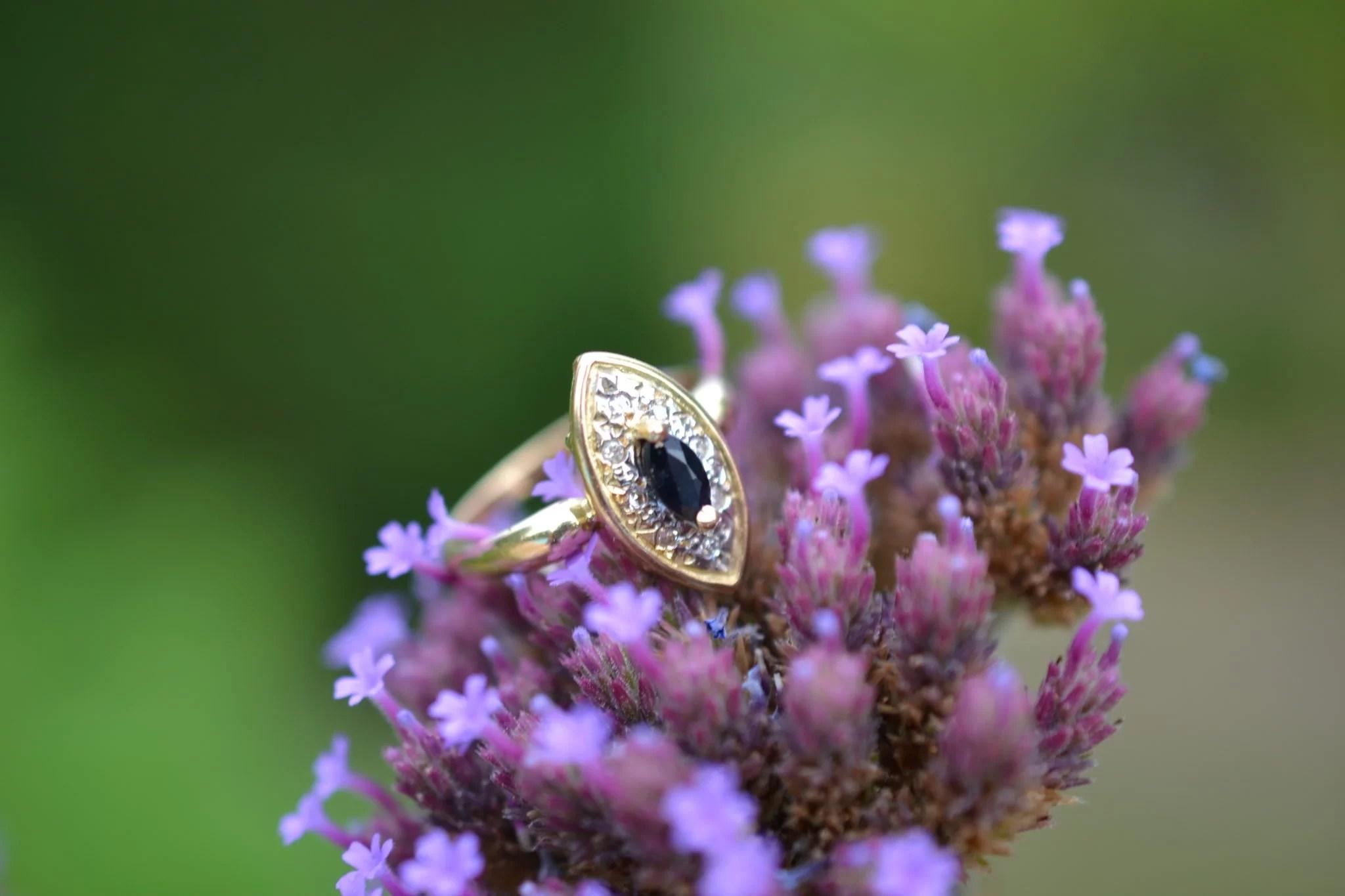 Bague Marquise Saphir Et 8 Diamants