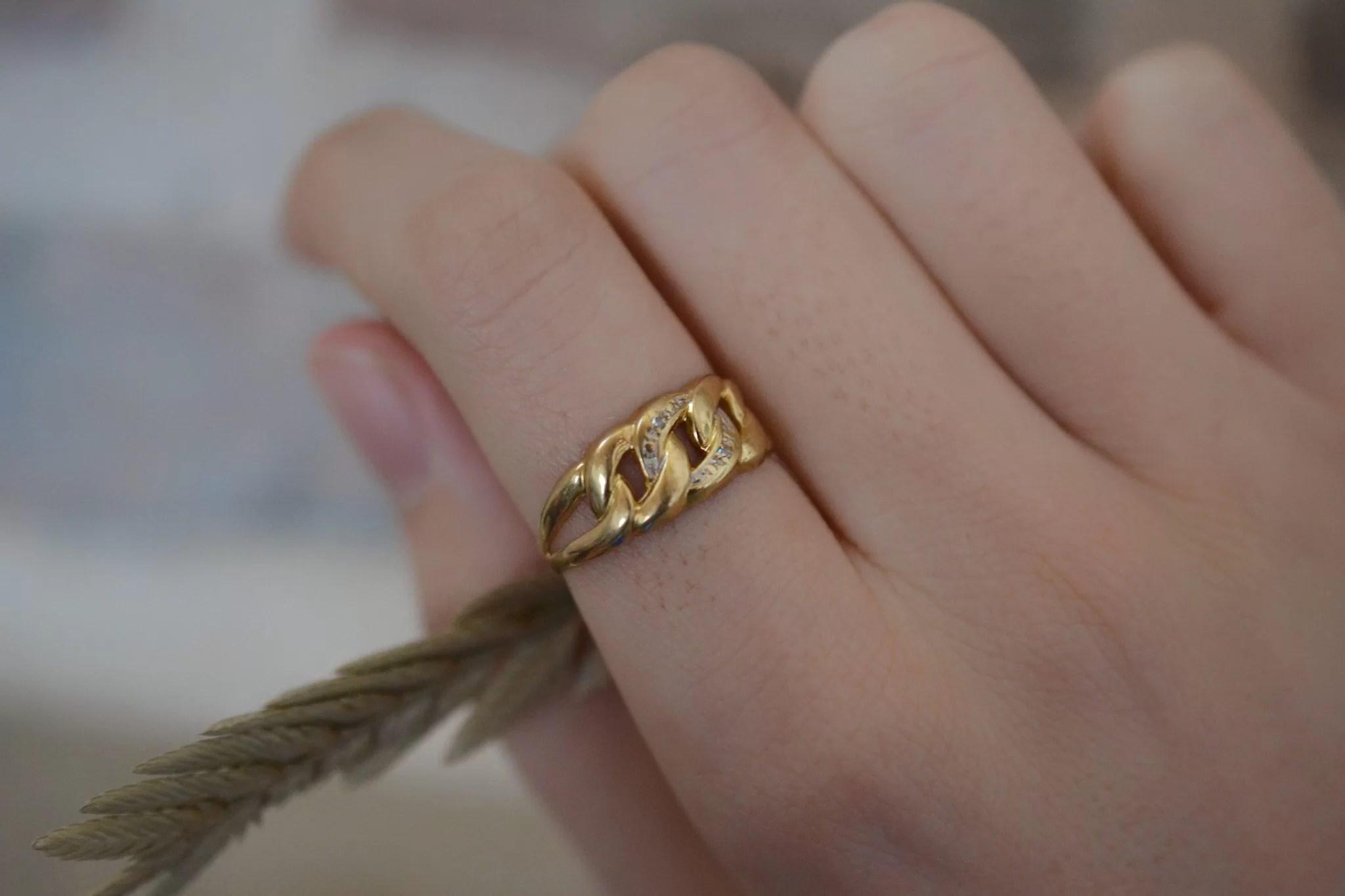 Bague boucles en Or jaune sertie de diamants - bague de fiançailles Vintage