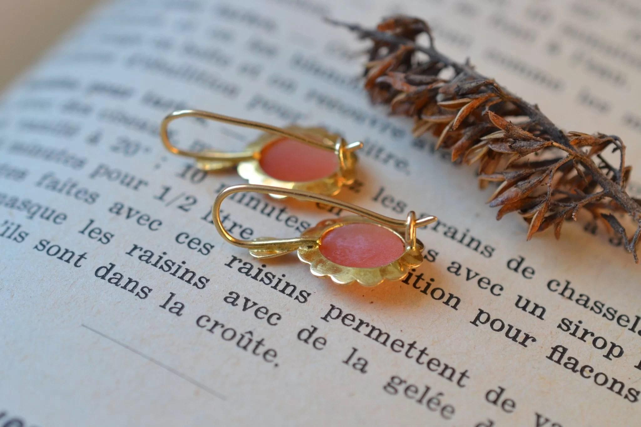 Boucles-doreilles-camees-bijou-vintage