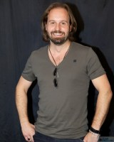 Alfie Boe - Photo By Ros O'Gorman noise11.com images
