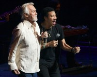 Lionel Ritchie and Kenny Rogers - Photo By Ros O'Gorman