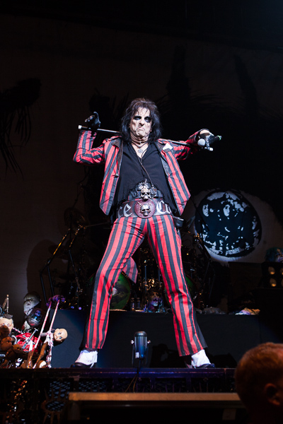 Alice Cooper photo by Ros O'Gorman