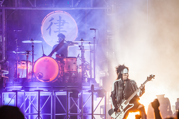 Motley Crue play the first show of the Australian FINAL TOUR in Melbourne at Rod Laver Arena. Photo ros ogorman